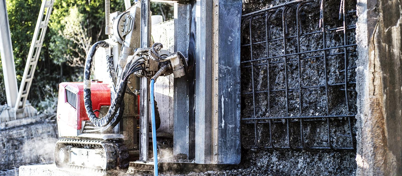 Hydrodemolition methods aquajet systems aqua cutter