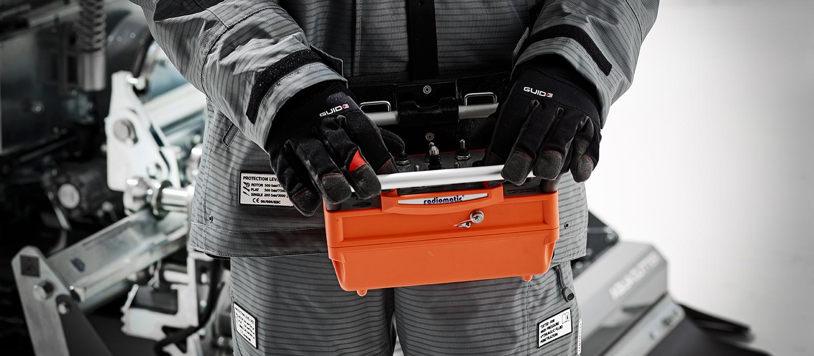hydrodemolition aquajet systems aqua cutter power pack radio remote control