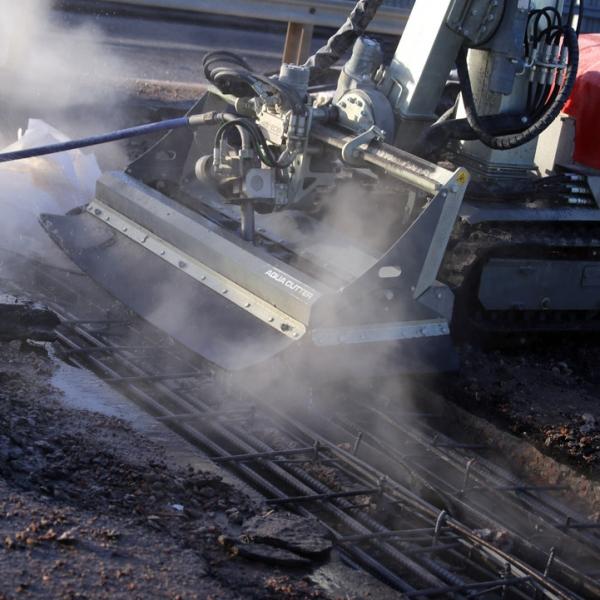 Hydrodemolition Robot concrete repair