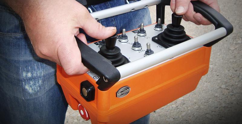 Hydrodemolition robot radio remote control
