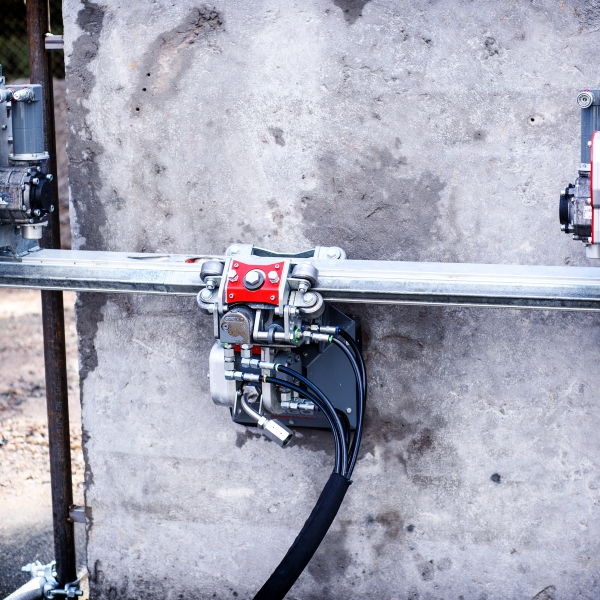 ergo climbers ergo go aqua cutter aquajet hydrodemolition industrial cleaning refractoring